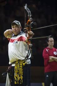 Injured US Marine wins gold for archery at Invictus Games, UK